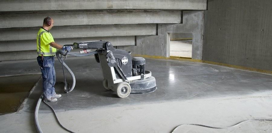 когда шлифовать бетон после заливки